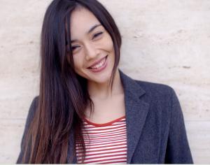 smile protect zahnversicherung lächelndes mädchen