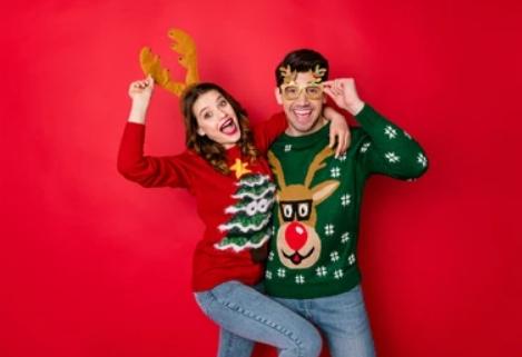 Weihnachtspullover-für-die-ganze